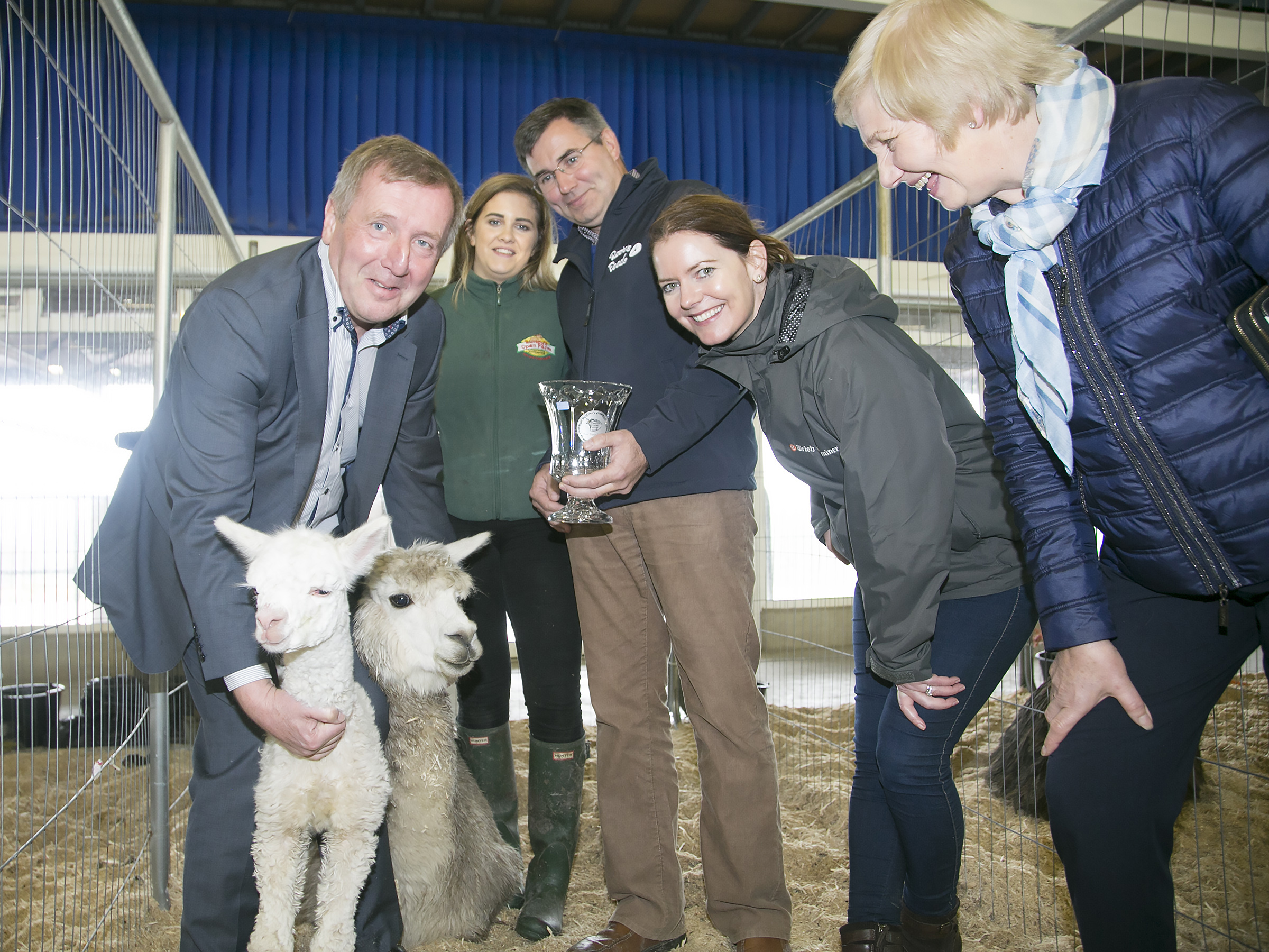 Minister Michael Creed with Niamh Rigney, Rumleys receiving her award from Richaed Gleeson, Rocher Seeds, Sponsor with judges Catriona Buckely and Breda Crowley, Irish Examiner