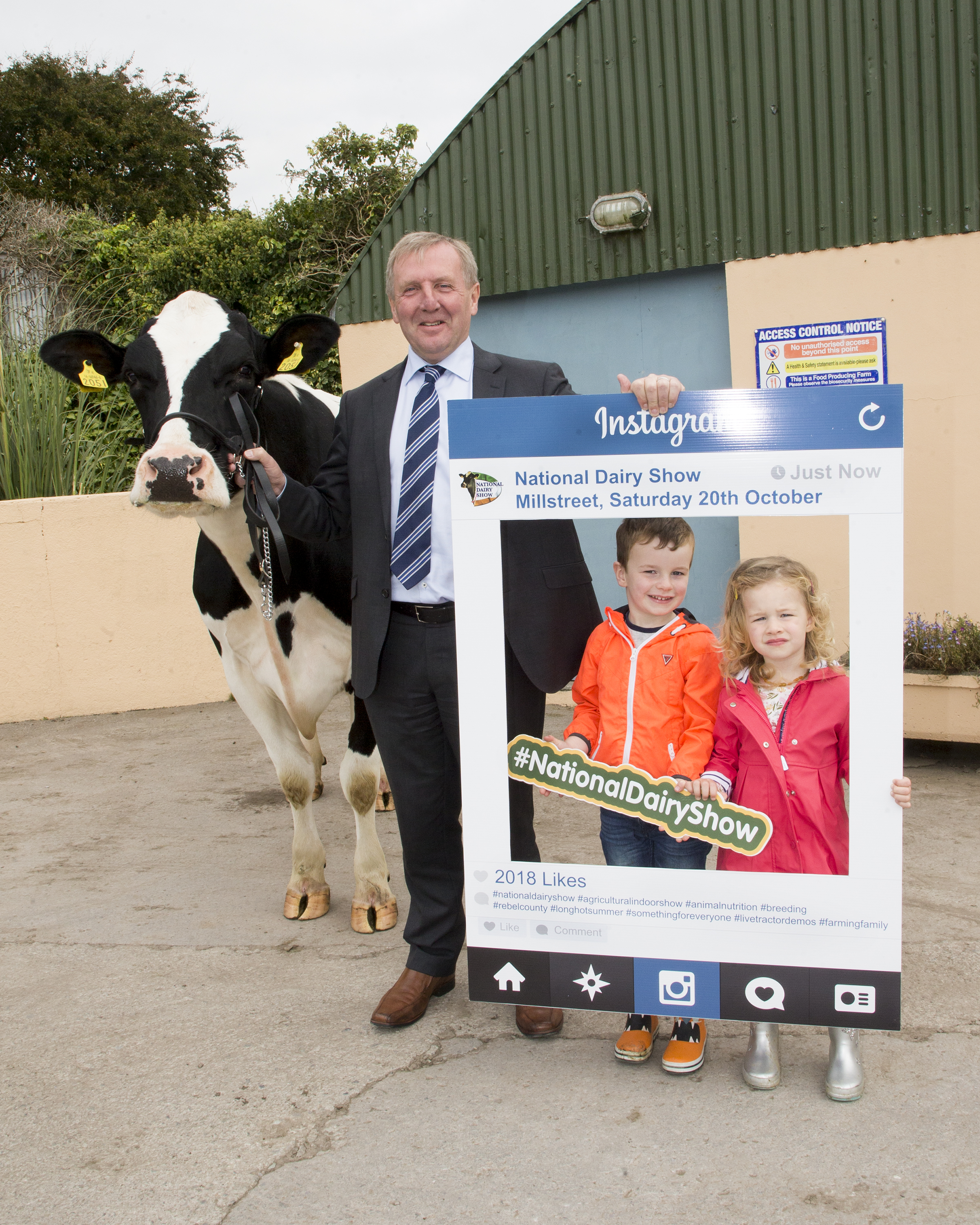 Pictured at the launch of the National Dairy Show being held in Millstreet on Saturday 20th 2018 is  Minister Michael Creed with Isaac & Pippa O'Mahony.